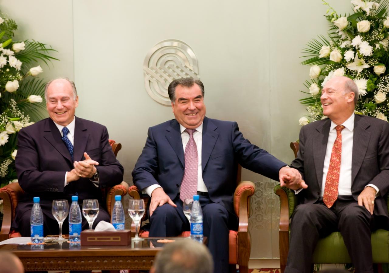 Mawlana Hazar Imam, President Emomali Rahmon and Prince Amyn share a light moment during the inauguration ceremony of the Dushanbe Serena Hotel.