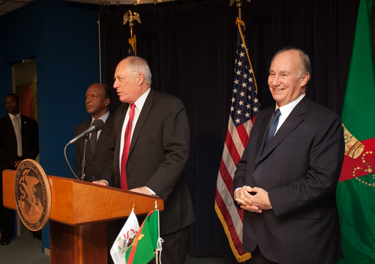 """Governor Quinn of Illinois thanked Mawlana Hazar Imam for his """"commitment in our state, in our country, in our world, to making it a better world."""""""