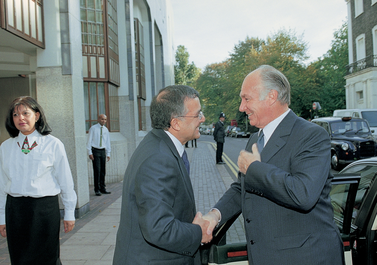 "Mawlana Hazar Imam arriving at the Ismaili Centre for the international Colloquium, ""Word of God, Art of Man"", held during the 25th Anniversary of the IIS. London, 19 October 2003"