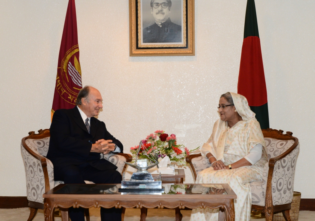 Mawlana Hazar Imam meets with the Honourable Prime Minister of Bangladesh, Sheikh Hasina.