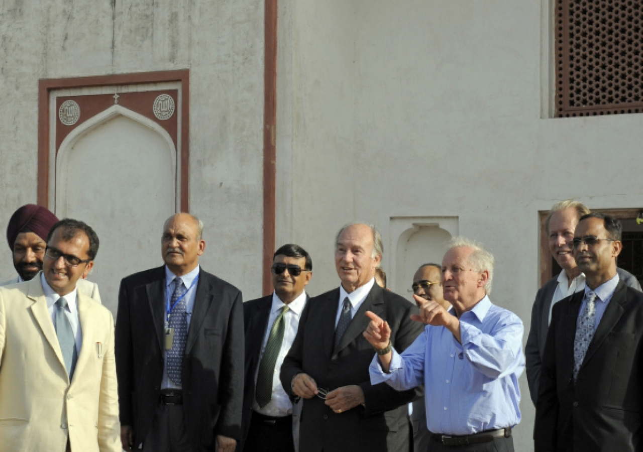Mawlana Hazar Imam receives a private tour of the Sunder Nursery with officials from the Aga Khan Trust for Culture.
