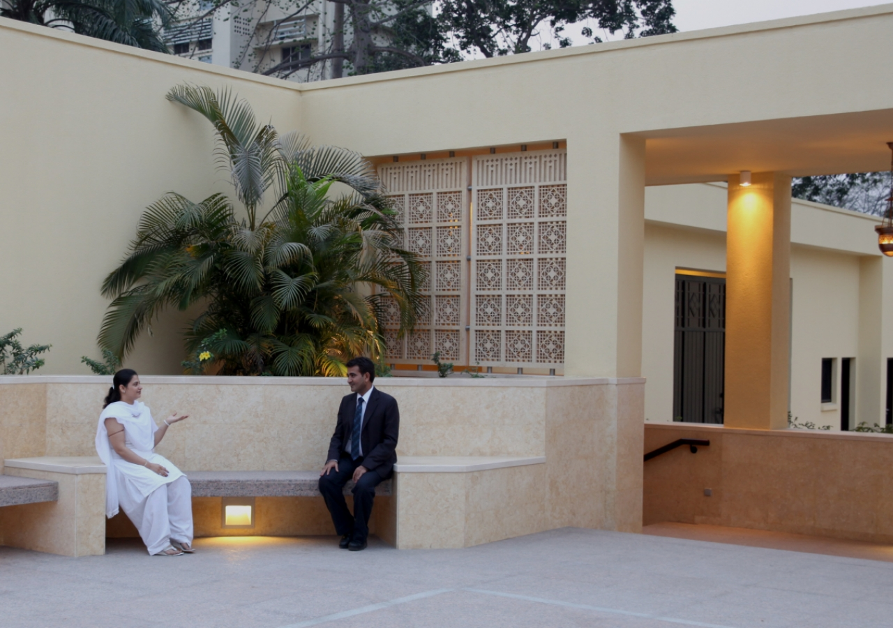 Nooks for quiet conversation and reflection can be found both inside and outside the Ismaili Jamatkhana and Centre complex.
