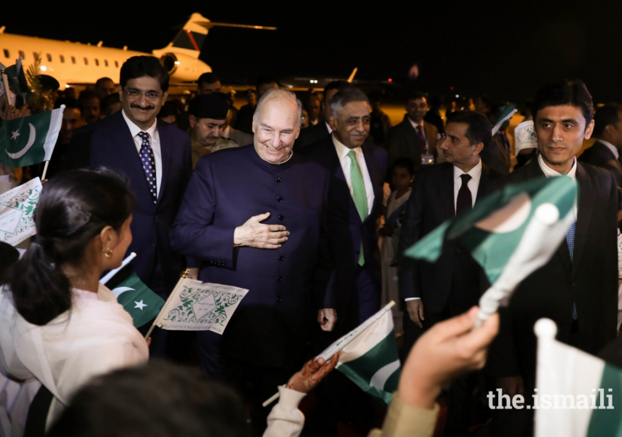 Mawlana Hazar Imam is received by Muhammad Zubair, Governor of Sindh and Syed Murad Ali Shah, Chief Minister of Sindh, and greeted by Junior Guides and Shaheen Scouts from the Sindh Jamat upon his arrival at Karachi airport