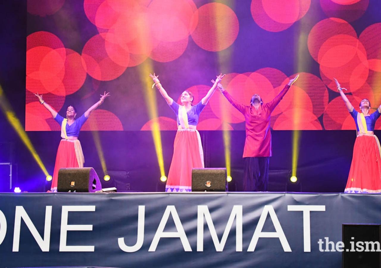 A Bollywood dance medley closed out the program at Bem Vindo a Portugal.