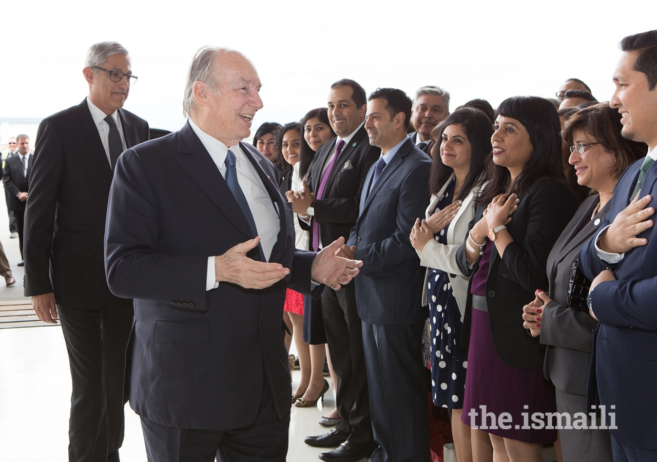 Mawlana Hazar Imam is greeted by Jamati leadership upon arriving in Vancouver for his Diamond Jubilee visit to Canada.