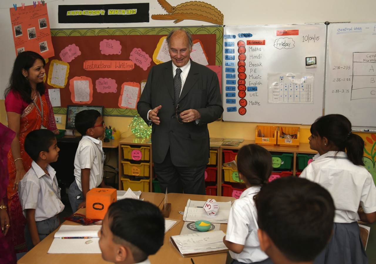Mawlana Hazar Imam visits with Grade 1 students in their classroom at the Aga Khan Academy, Hyderabad. AKDN / Ahmed Charania