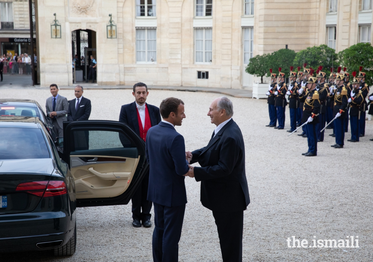 President Emmanuel Macron bids farewell to Mawlana Hazar Imam after their meeting at the Élysée Palace.