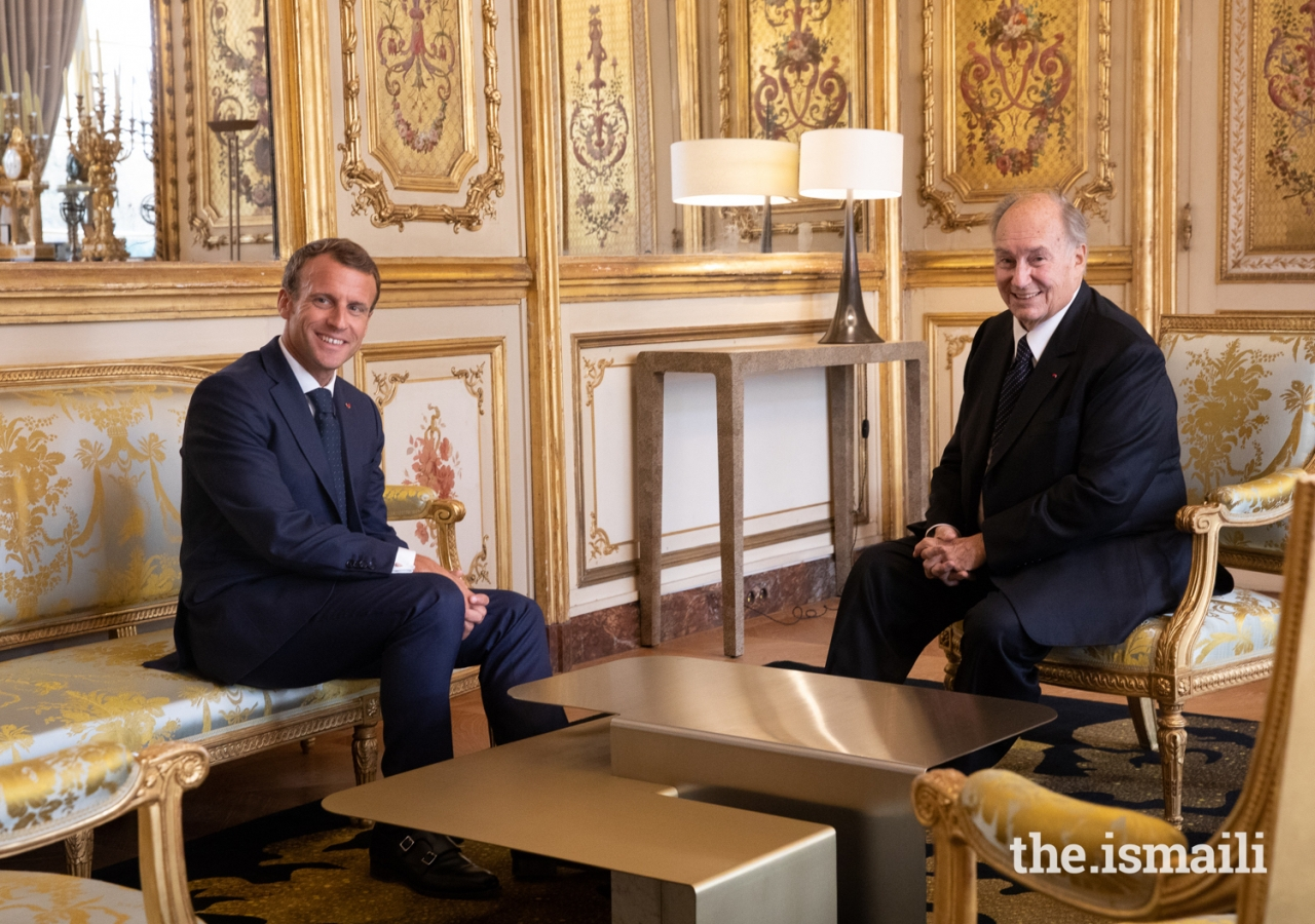 President Emmanuel Macron and Mawlana Hazar Imam in conversation at the Élysée Palace.