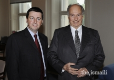Mawlana Hazar Imam with the Rt Honourable Douglas Alexander, Secretary of State for International Development at the United Kingdom Department for International Development, London, 7 July 2008.