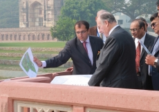 Mawlana Hazar Imam reviews plans for the Humayun's Tomb - Sunder Nursery – Hazrat Nizamuddin Basti Urban Renewal Project. (New Delhi, 2011) Ram Rahman