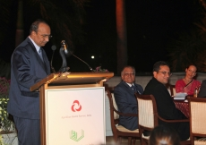 President Aitmadi Gulam Rahimtoola addresses the audience at the Jamati institutional dinner.