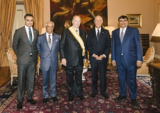 Mawlana Hazar Imam and Portuguese President Marcelo Rebelo de Sousa, together with senior leaders of the Ismaili Imamat and the President of the Ismaili Council for Portugal. AKDN / Antonio Pedrosa