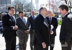 Secretary of State Brian Kemp welcomes Mawlana Hazar Imam at the Georgia State Capitol accompanied by leaders of the Jamat.