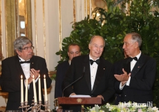 Guests applaud Mawlana Hazar Imam following his remarks at the state dinner hosted by President Marcelo Rebelo de Sousa.