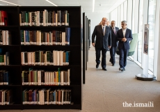 Mawlana Hazar Imam and Mayor of London Sadiq Khan walk through the new Aga Khan Library.