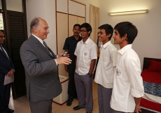 Mawlana Hazar Imam visits the school residences and discusses the Aga Khan Academy residential programme with some of the students. Ahmed Charania