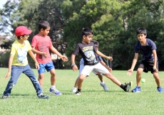 Starting them early - kids cricket clinic. Ismaili Council for ANZ