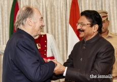 Mawlana Hazar Imam meets with Honourable Shri C. Vidyasagar Rao, Governor of Maharashtra at the Raj Bhavan.