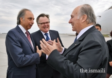 Mawlana Hazar Imam is received by Dr Mahmoud Eboo, AKDN Resident Representative for Canada, and Ambassador Marc-André Blanchard, Canada's Permanent Representative to the United Nations, upon his arrival in Ottawa.