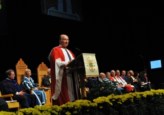 Mawlana Hazar Imam delivering his Convocation address at the University of Alberta in Edmonton on June 9, 2009.