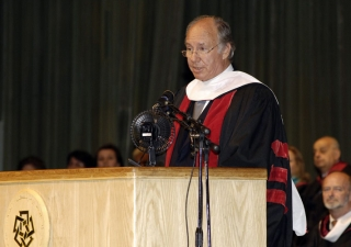 Mawlana Hazar Imam delivering the commencement address at the American University in Cairo.