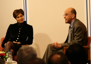 """Zain Verjee of CNN International hosts an on-stage conversation with Dr Amyn B. Sajoo about his book, """"A Companion to the Muslim World""""."""