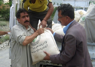 FOCUS Pakistan delivering relief items to displaced people in Hundur village of the Yasin valley in Gilgit-Baltistan.