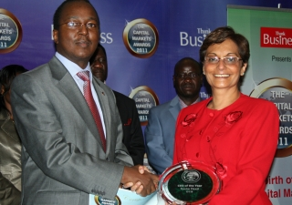 "Nasim Devji is presented with ""CEO of the Year"" at the Capital Markets Awards 2011."