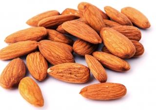 Badaam (Almonds)