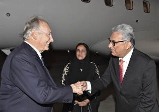 Ismaili Council President Amiruddin Thanawalla welcomes Mawlana Hazar Imam together with the UAE Minister of State for Tolerance. Gary Otte