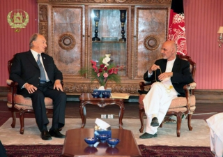 Mawlana Hazar Imam meets with the President of Afghanistan, Ashraf Ghani Ahmadzai, at the Presidential Palace in Kabul. AKDN
