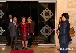 Vaira Vike-Freiberga, President of WLA-Club de Madrid, and Maria Elena Agüero, Secretary General of the WLA-Club de Madrid, are welcomed to the Ismaili Centre Lisbon by Nazim Ahmad, Diplomatic Representative of the Ismaili Imamat.