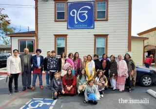 Ismaili volunteers from Torrance Jamatkhana in front of the Sikh Gurdwara, Orange County, CA.