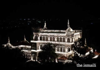Lit-up Aga Khan Palace open for viewing till 9pm