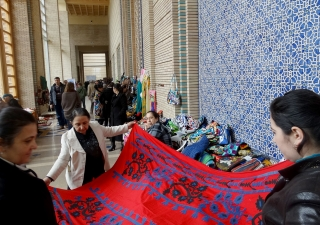 More than 50 artisans presented national crafts from various regions of Tajikistan at the Winter Handicraft fair and  International Day of Persons with Disabilities held at the Ismaili Centre, Dushanbe. Ismaili Council for Tajikistan